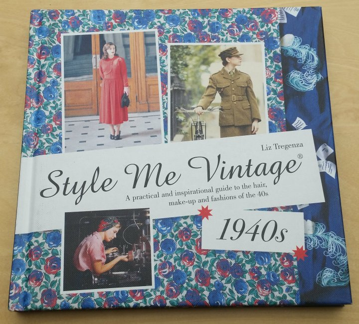 Review: Style me Vintage 1940s by LizTregenza