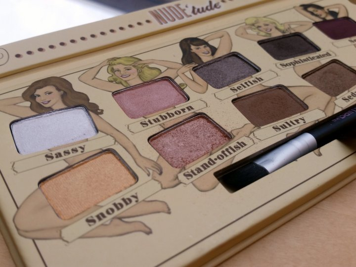 Review: theBalm Nude'Tude Eyeshadow Palette