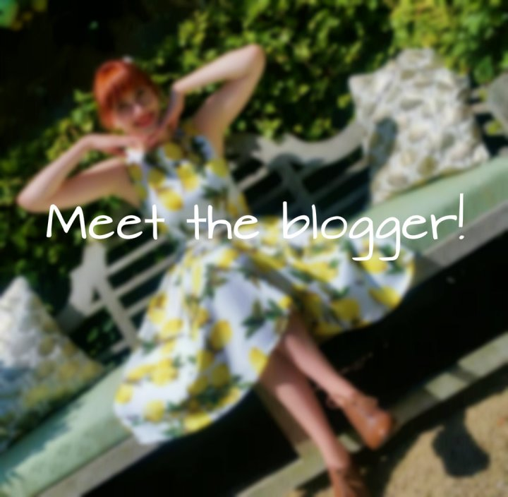 Meet the blogger!
