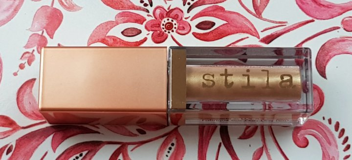 Review: Stila Shimmer & Glow Liquid Eyeshadow in Starlight