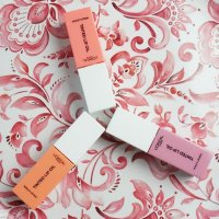 Review: L'oreal Paris Tinted Lip Oil in Jelly Peach, Pom Pom Pink and Sugar Plum